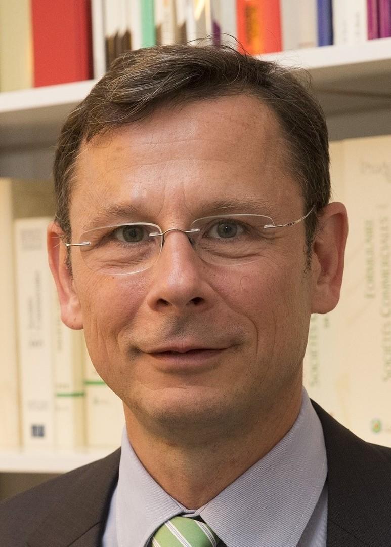 Le cabinet franco allemand en bref avocat allemand allemagne droit allemand berlin paris - Cabinet d avocat fiscaliste paris ...